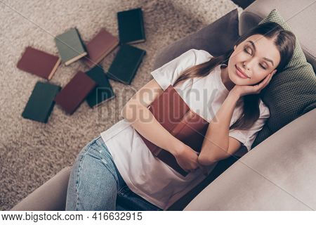 Top Above High Angle Photo Of Young Attractive Woman Rest Relax Break Pause Sleep Drowse Dream Lie C