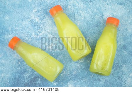 The Cane Juice Is The Liquid Extracted From The Sugar Cane In The Milling Process. Sweetened, Organi