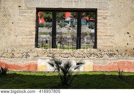 Oplontis Torre Annunziata Italy, Ruins Of Poppeas Villa