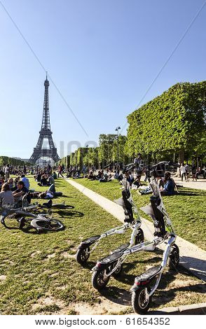 Trikke Vehicles In Paris