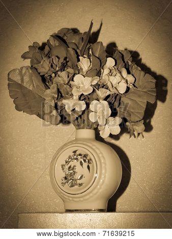 vintage yesteryear bowl of flowers