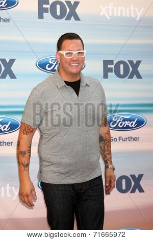 LOS ANGELES - SEP 8:  Graham Elliot at the 2014 FOX Fall Eco-Casino at The Bungalow on September 8, 2014 in Santa Monica, CA