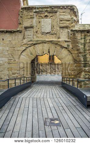 Gate of Carlos V in Revellin wall (Muralla del Revellin) in Logroño La Rioja. Spain.