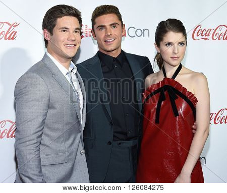 LOS ANGELES - APR 14:  Adam DeVine, Zac Efron & Anna Kendrick arrives to the Cinema Con 2016: Awards Gala  on April 14, 2016 in Las Vegas, NV.