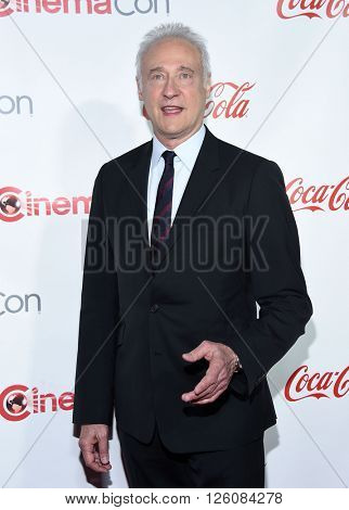 LOS ANGELES - APR 14:  Brent Spiner arrives to the Cinema Con 2016: Awards Gala  on April 14, 2016 in Las Vegas, NV.