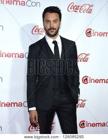 LOS ANGELES - APR 14:  Jack Huston arrives to the Cinema Con 2016: Awards Gala  on April 14, 2016 in Las Vegas, NV.