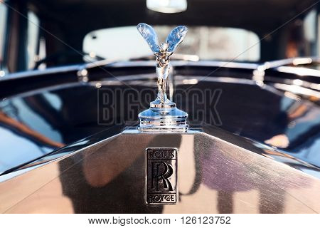 MOSCOW RUSSIA - SEPT 25: A 1965 Rolls-Royce Silver emblem logo in final stage of competition for classic cars at the