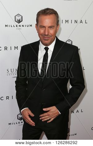 NEW YORK-APR 11: Actor Kevin Costner attends the