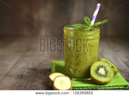 Kiwi And Banana Smoothie.