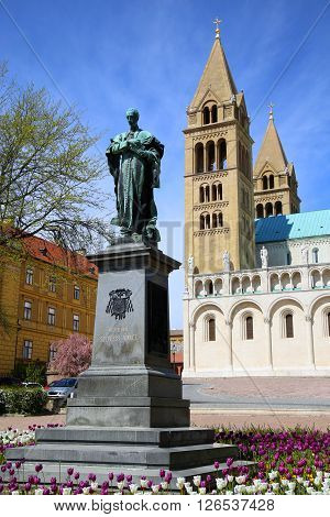 Statue of Ignac Szepesy and Basilica of St. Peter & St. Paul Pecs Cathedral in Hungary