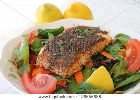 Blackened Salmon Garden Salad with Fresh Lemons