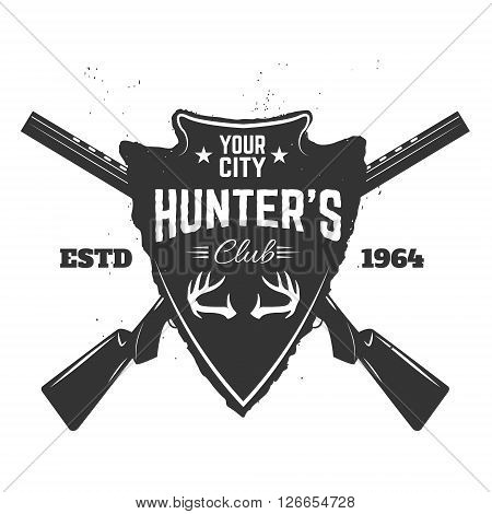 Hunter's club label template. Grunge style emblem with two guns. Hunting. Design element in vector.