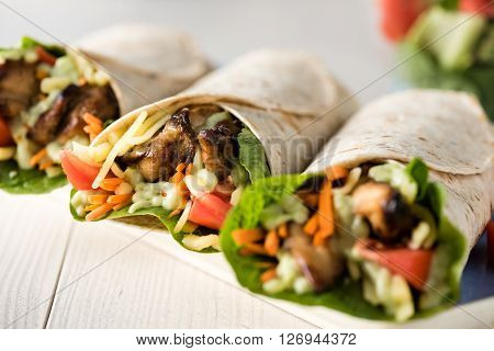 Grilled Chicken Burrito Wraps
