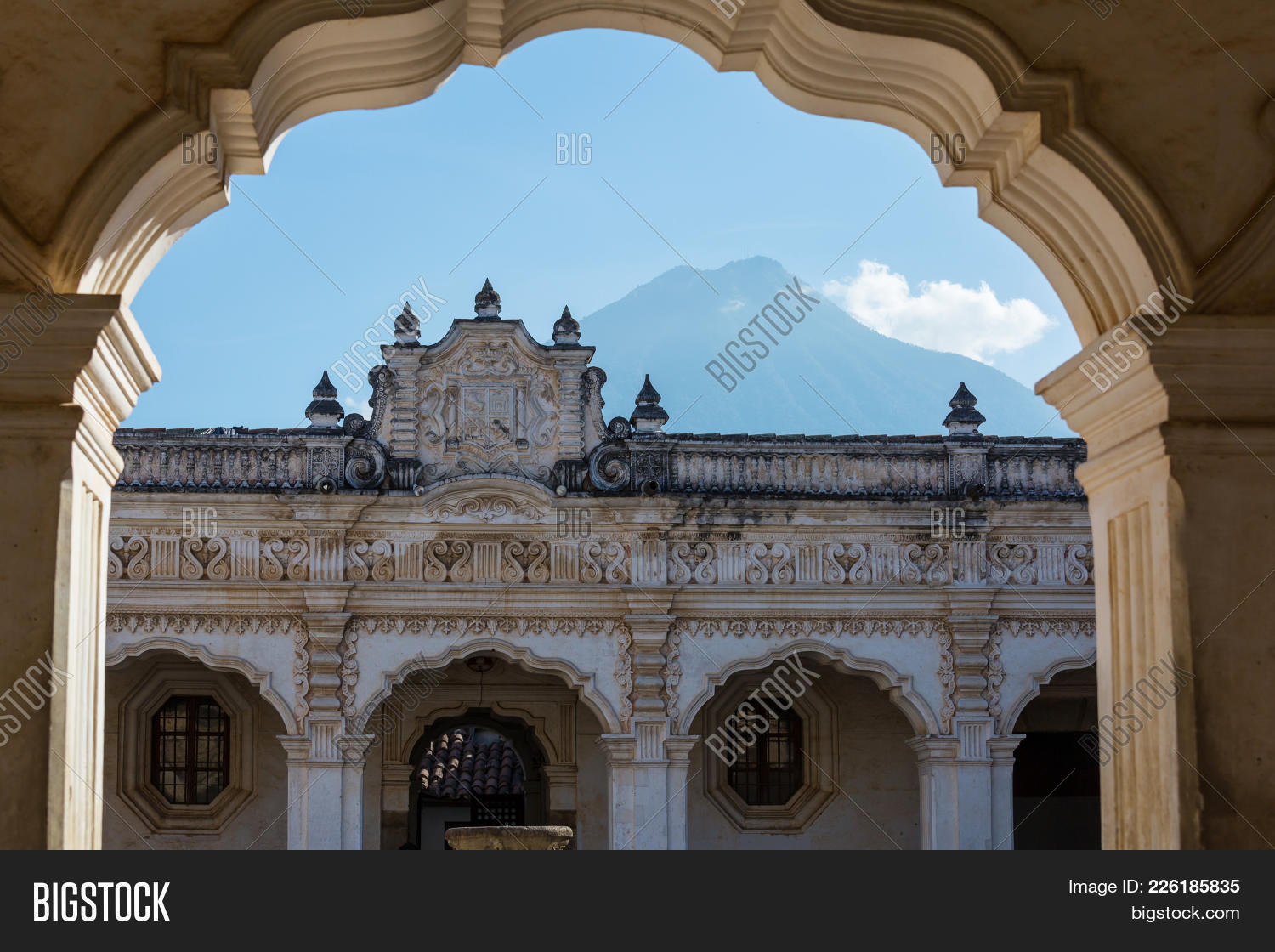 Heritage ancient colonial architecture powerpoint template your text toneelgroepblik Image collections