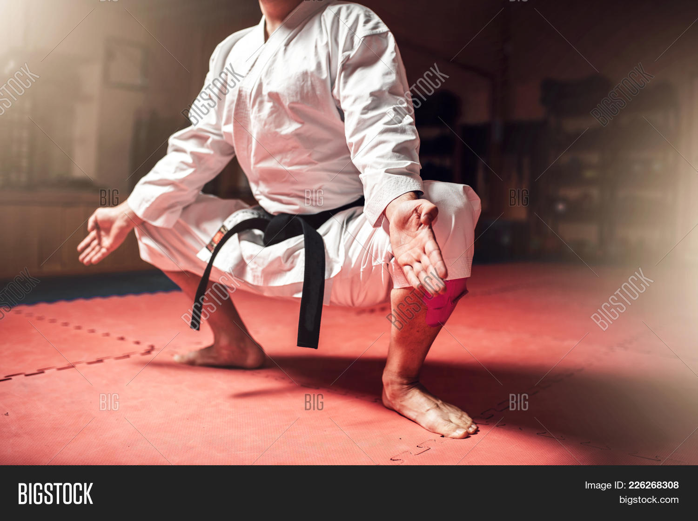 Master martial arts meditation powerpoint template master martial p toneelgroepblik Images