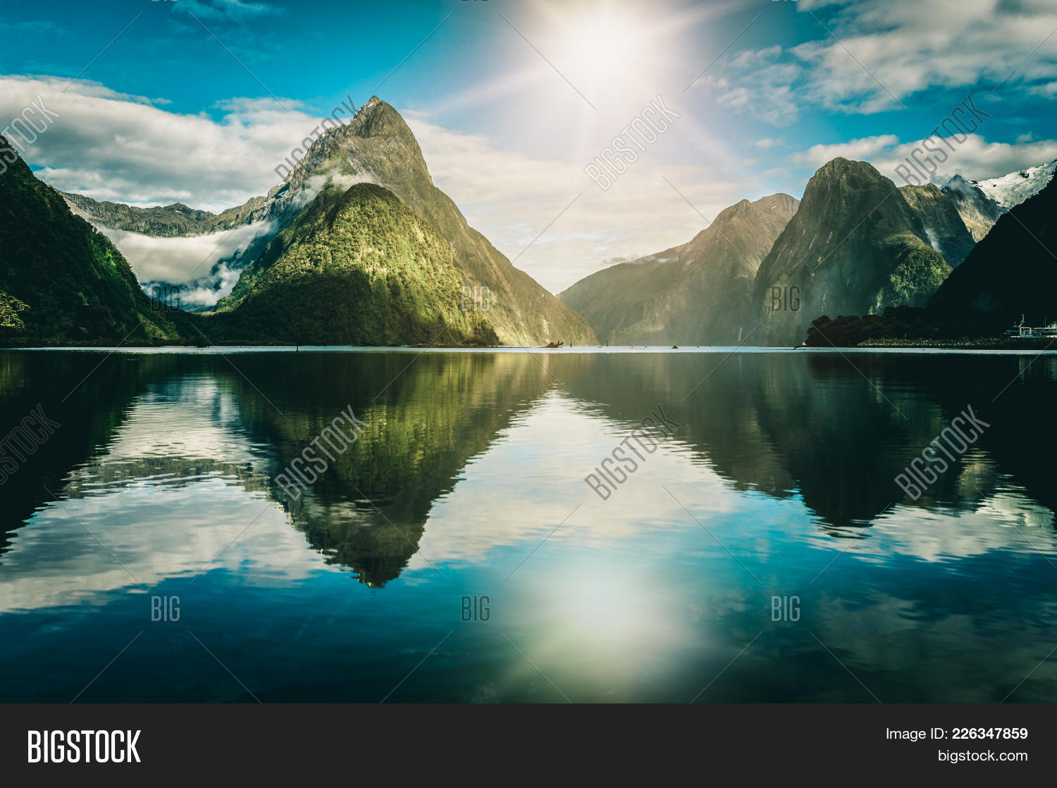 New milford sound zealand powerpoint template new milford sound your text toneelgroepblik Choice Image