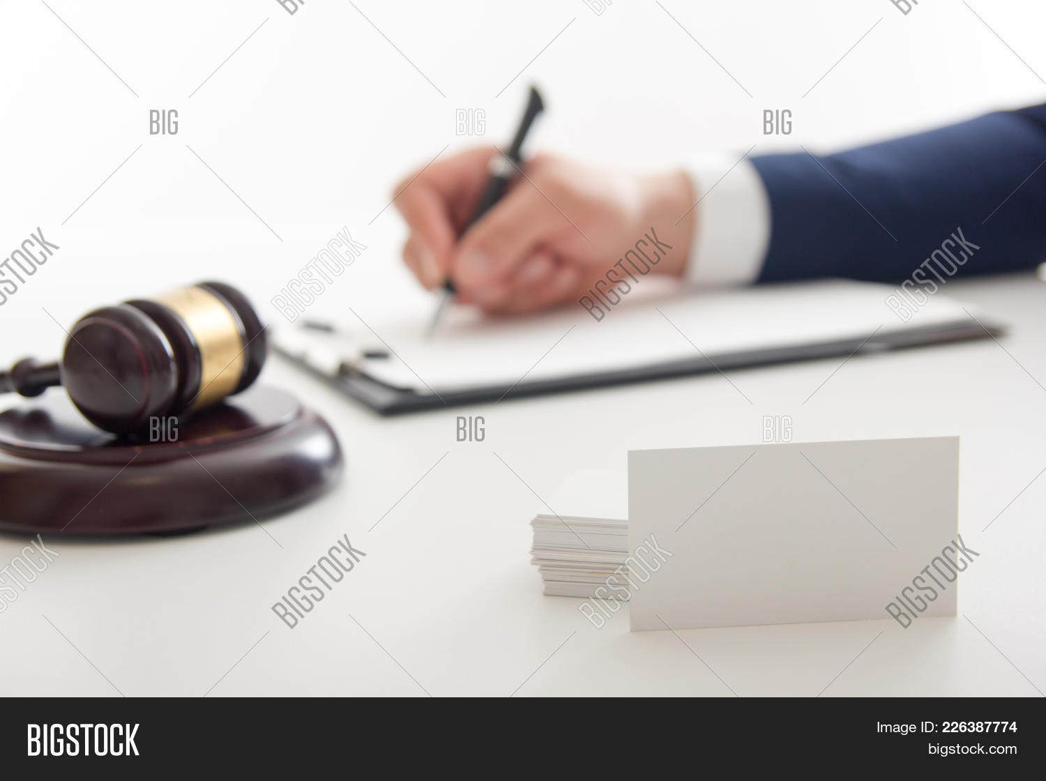 Business legal law advice powerpoint template business legal law y toneelgroepblik Image collections