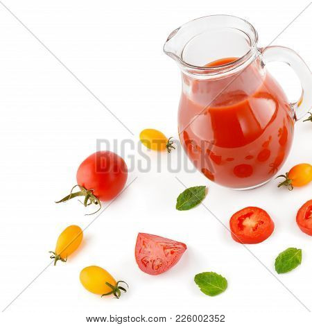 Fresh Tomato Juice And Tomatoes Isolated On White Background. Flat Lay,top View. Free Space For Text