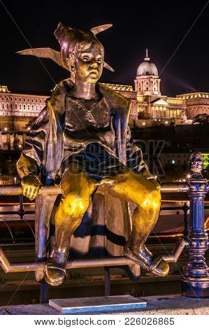 Budapest, Hungary - October 21, 2012: Night View The Statue Of The Little Princess With Buda Castle
