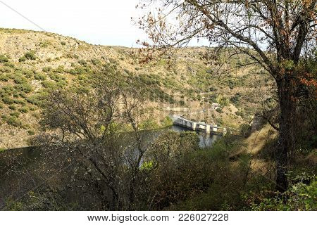 Miranda Dam, An 80m Tall Buttress Hydroelectric Dam, Is Located In The Douro International Border Be