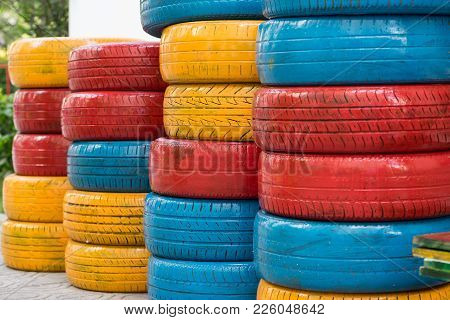 Colorful Painted Car Tires. Used Auto Tire For Decoration