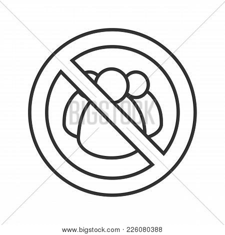 Forbidden Sign With Group Of People Linear Icon. Thin Line Illustration. No Social Networks Prohibit