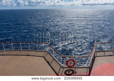 Bright Sunlight On The Atlantic Ocean As Seen From This Cruise Ship To Bermuda.