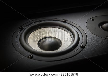Black Music Speaker Bass Melody Song Sound Column Vibration Effect Party Club Dance Style