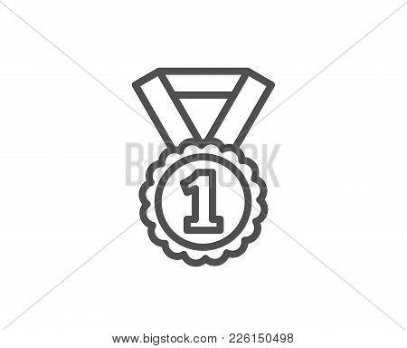Reward Medal Line Icon. Winner Achievement Or Award Symbol. Glory Or Honor Sign. Quality Design Elem