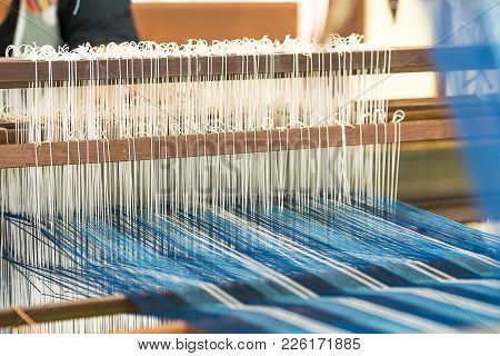 Weave Silk Cotton On The Manual Wood Loom In Thailand ,the Process Of Silk Weaving In The Production