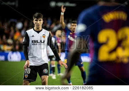 VALENCIA, SPAIN - FEBRUARY 8: Carlos soler during Spanish King Cup match between Valencia CF and FC Barcelona at Mestalla Stadium on February 8, 2018 in Valencia, Spain
