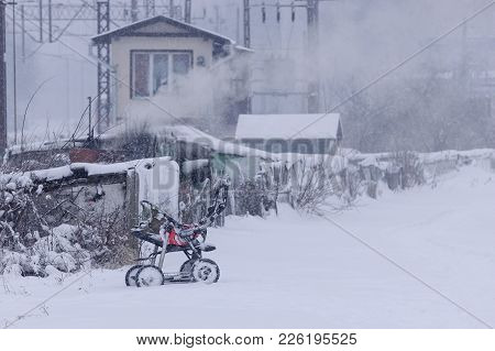 Winter - Snowstorm On The Outskirts Of The City