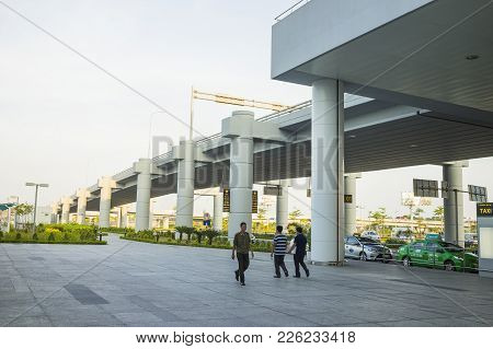 Hanoi, Vietnam - July 12, 2015: Way Down Of Noi Bai International Airport, The Biggest Airport In No