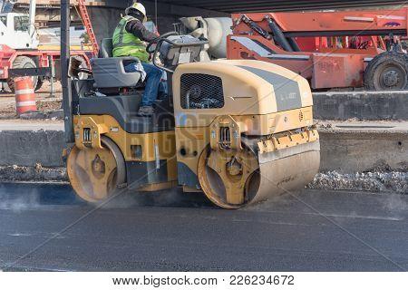Working Ride On Roller Asphalt Compactor