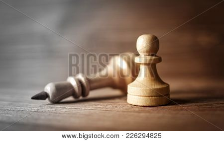 King And Pawn Of Chess Setup On Wooden Background . Leader And Teamwork Concept For Success. Chess C
