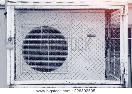 Commercial cooling HVAC air conditioner condenser fan units battery set climate control and refriger
