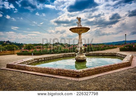 Florence, Italy - May 19, 2017: The Monkeys Fountain (fontana Delle Scimmie) At The Garden Of Knight