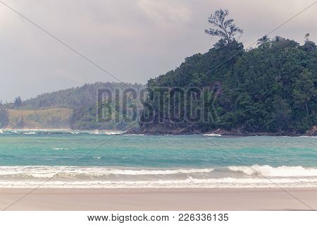 Beautiful Sunny Beach Coastline With Sandy Beach In Kulambu Island,kudat,sabah,malaysia.kulambu Isla