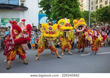 Hanoi, Vietnam - Sep 25, 2015: A Show Of Lion Dance At Times City Complex In Vietnamese Mid Autumn F
