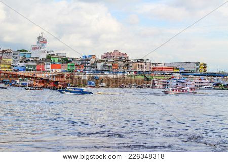 Manaus, Brazil - 2018-01-25 :colourful Houses In A Busy Neighbourhood Along The Rio Negro In Manaus,
