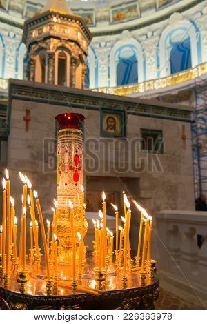 Istra, Russia - January 3, 2017: Candles Near Chapel Of The Holy Sepulchre In The Voskresensky New-j