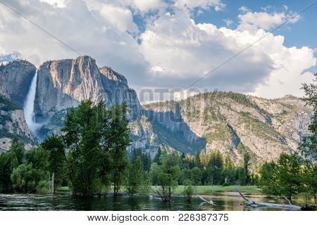 Yosemite National Park Valley summer landscape with Yosemite Falls. California, USA.