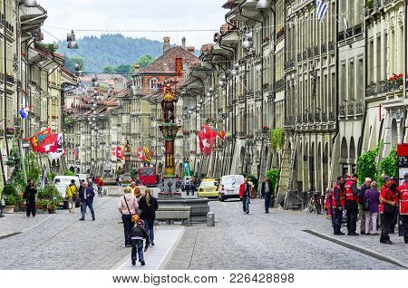 Bern, Switzerland - June 9, 2011: Everyday Life At Marktgasse Street In Medieval City Center