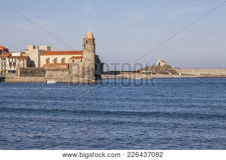 Collioure,france-november 30,2011: Mediterranean View And Village, Collioure, Cote Vermeille, Occita