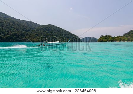 Phang-nga, Thailand - February 14, 2016:  Fishing Activities Related To Thailand In Many Activities,