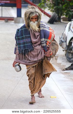 Agra, India-november 8: Unidentified Man Walks In Taj Ganj Neighborhood On November 8, 2014 In Agra,