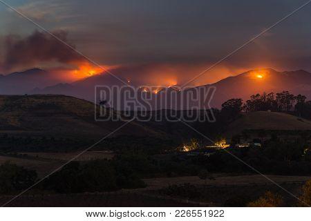 Goleta, California / Usa - July 9, 2017: The Whittier Fire Burns In The Mountains Above Above Goleta