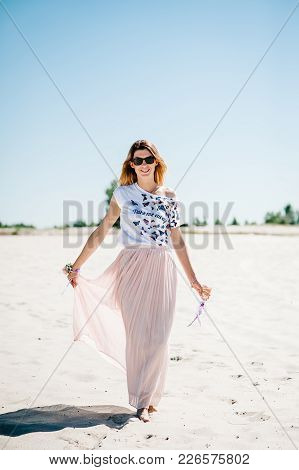 Beautiful Stylish Sexy Young Girl With A Glass Of Wine, Champagne In Sand, Beach In The Nature. Styl