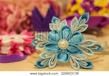 A Variety Of Children's Hairpins For Beauty