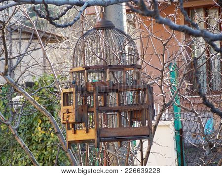 The Wooden Old Bird Cage On The Hill Of The Mountain House,